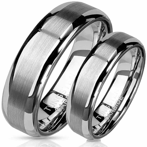 Trust forlovelse / vielsesring i tungsten carbide